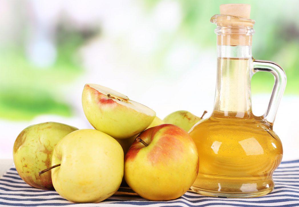 aceto di mele e mele